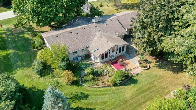 4660 Imperial Dr, Brookfield, WI 53045 (#1765984) :: Re/Max Leading Edge, The Fabiano Group