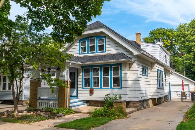2252 N 69th St, Wauwatosa, WI 53213 (#1766217) :: RE/MAX Service First