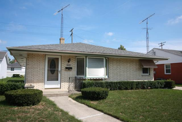 825 Crab Tree Ln, Racine, WI 53406 (#1766227) :: RE/MAX Service First