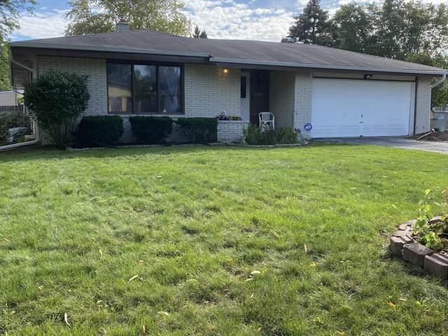 8727 W Magnolia St, Milwaukee, WI 53224 (#1766310) :: Re/Max Leading Edge, The Fabiano Group