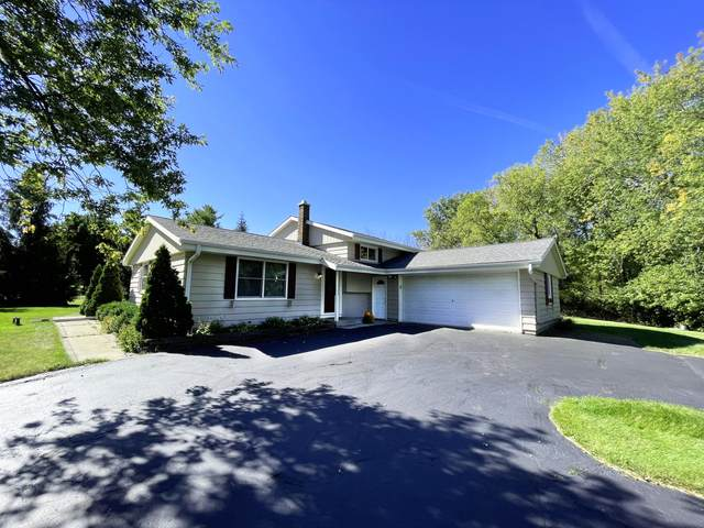 3405 S Jeffers Dr, New Berlin, WI 53146 (#1766384) :: RE/MAX Service First
