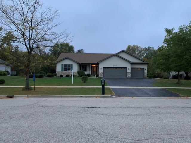 25405 Runyard Way W, Salem Lakes, WI 53179 (#1766735) :: EXIT Realty XL