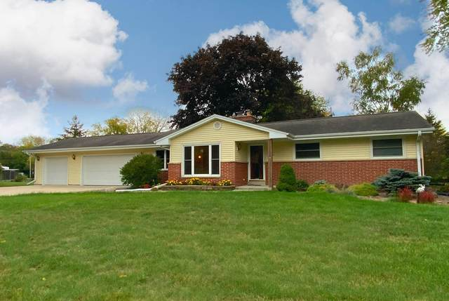 S67W12523 Larkspur Rd, Muskego, WI 53150 (#1766740) :: EXIT Realty XL