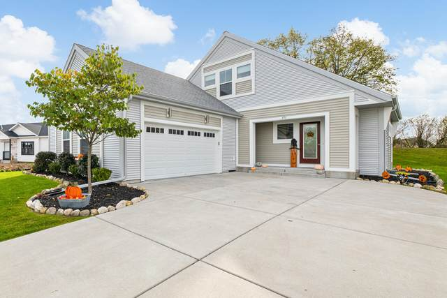 771 Wright Ct, Hartford, WI 53027 (#1766767) :: RE/MAX Service First