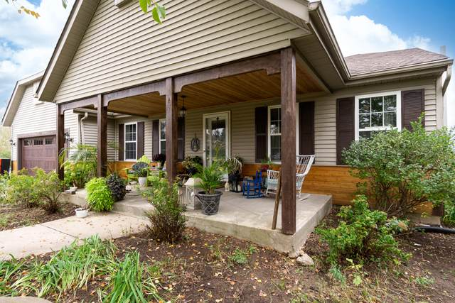 N177 Summer Hill Ct, Lebanon, WI 53098 (#1766886) :: RE/MAX Service First