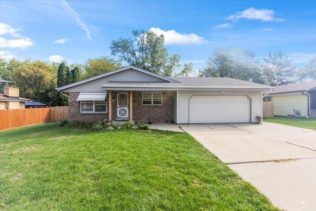 4340 S 68th St, Greenfield, WI 53220 (#1766927) :: Keller Williams Realty - Milwaukee Southwest