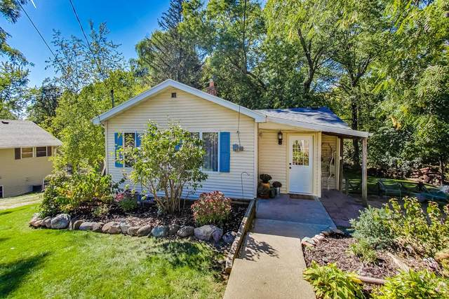 7712 243rd Ave, Paddock Lake, WI 53168 (#1766950) :: EXIT Realty XL