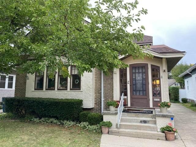 4044 N Farwell Ave, Shorewood, WI 53211 (#1766973) :: Tom Didier Real Estate Team