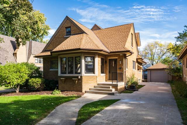 2340 Lefeber Ave, Wauwatosa, WI 53213 (#1767025) :: Keller Williams Realty - Milwaukee Southwest