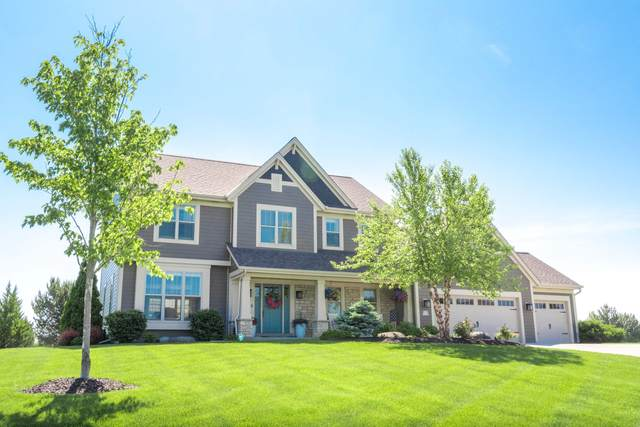 W239N3798 River Birch Ct, Pewaukee, WI 53072 (#1767087) :: EXIT Realty XL