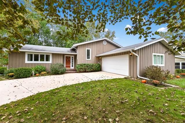 919 Noridge Trl, Port Washington, WI 53074 (#1767148) :: Ben Bartolazzi Real Estate Inc