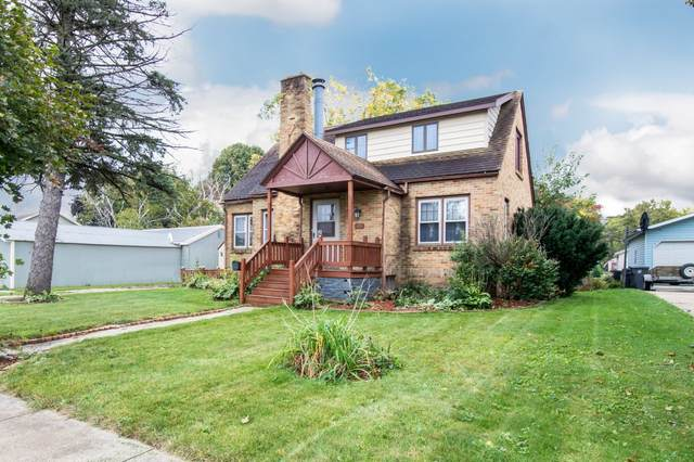 105 Ellison St, Horicon, WI 53032 (#1767152) :: RE/MAX Service First