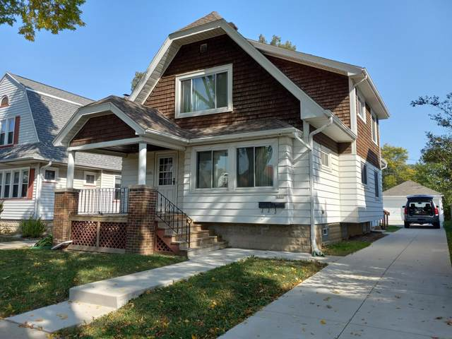 2210 S 67th Pl #2212, West Allis, WI 53219 (#1767210) :: RE/MAX Service First