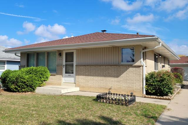 4868 S 24th St, Milwaukee, WI 53221 (#1767248) :: RE/MAX Service First
