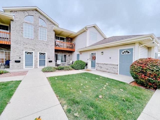 17454 W Lincoln Ave, New Berlin, WI 53146 (#1767273) :: Keller Williams Realty - Milwaukee Southwest