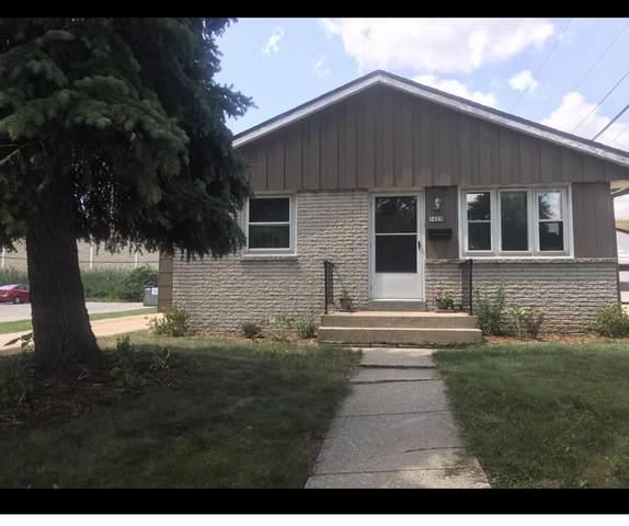 1429 W Granada St, Milwaukee, WI 53221 (#1767419) :: EXIT Realty XL