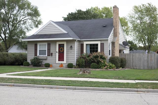 517 Orchard St, Burlington, WI 53105 (#1767462) :: RE/MAX Service First