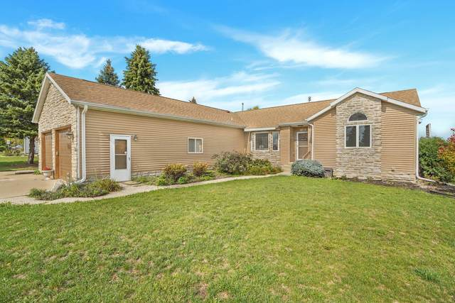 410 18th Ave, Union Grove, WI 53182 (#1767495) :: RE/MAX Service First