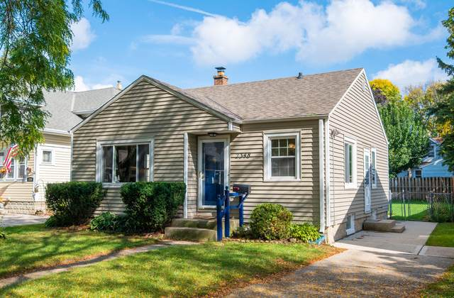2348 N 69th St, Wauwatosa, WI 53213 (#1767501) :: RE/MAX Service First