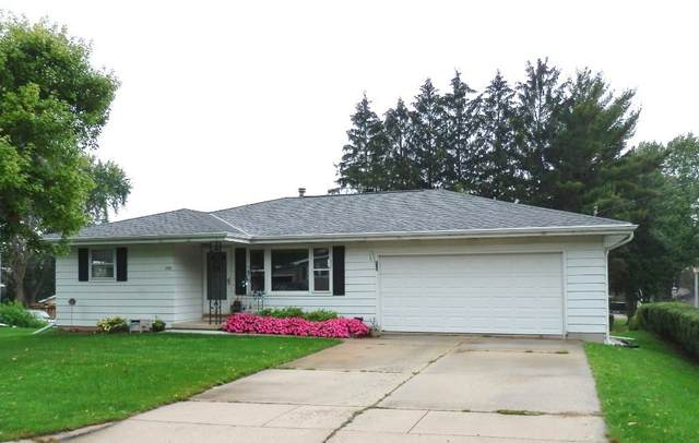 1520 Prospect St, Watertown, WI 53098 (#1767512) :: RE/MAX Service First