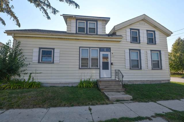 217 S First St, Watertown, WI 53094 (#1767658) :: EXIT Realty XL