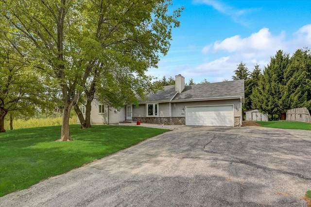 5212 State Road 31, Caledonia, WI 53402 (#1767672) :: RE/MAX Service First