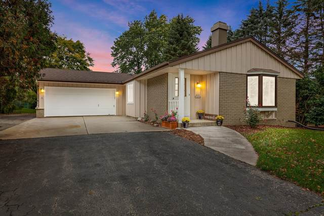 N83W18164 Le Mons Dr, Menomonee Falls, WI 53051 (#1767684) :: RE/MAX Service First