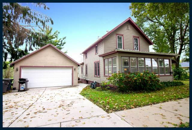508 W Madison St, Lake Mills, WI 53551 (#1767743) :: RE/MAX Service First
