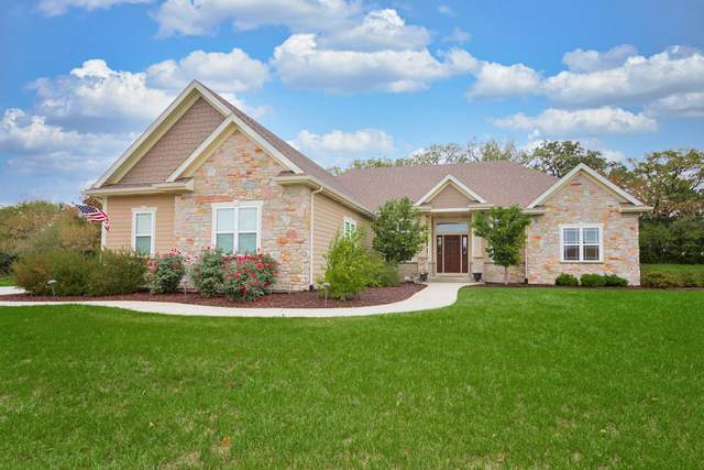 11200 234th Ct, Salem Lakes, WI 53179 (#1767866) :: Re/Max Leading Edge, The Fabiano Group
