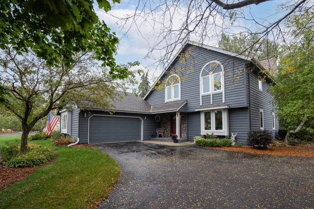 9914 N Concord Dr, Mequon, WI 53097 (#1768016) :: EXIT Realty XL