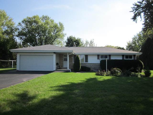 3811 W 5 1/2 Mile Rd, Raymond, WI 53108 (#1768027) :: RE/MAX Service First