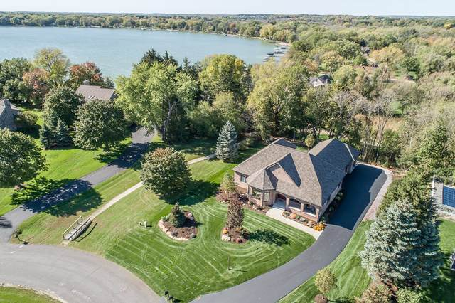 180 Monastery Hill Dr, Lac La Belle, WI 53066 (#1768065) :: RE/MAX Service First