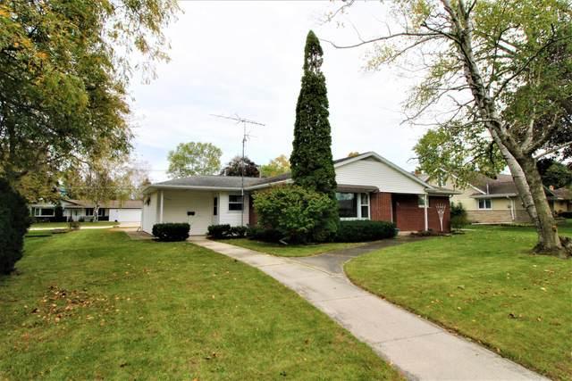 540 Giddings Ave, Sheboygan Falls, WI 53085 (#1768173) :: RE/MAX Service First