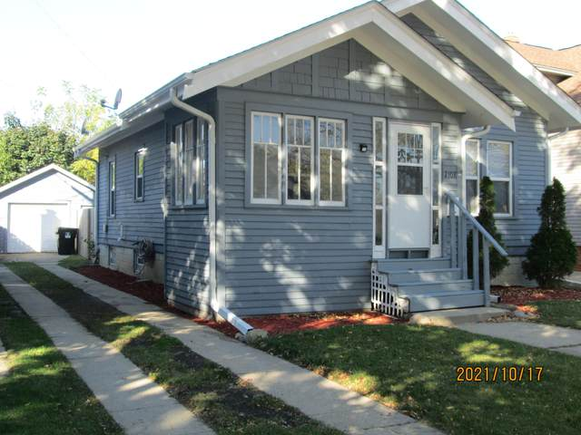 2108 Ashland Ave, Racine, WI 53403 (#1768311) :: RE/MAX Service First