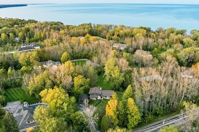114 W Mequon Rd, Mequon, WI 53092 (#1768322) :: RE/MAX Service First