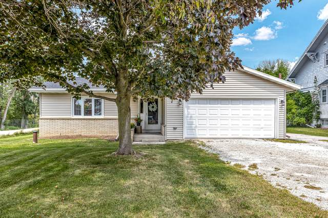 W1036 County Road Ff, Mosel, WI 53083 (#1768336) :: Keller Williams Realty - Milwaukee Southwest