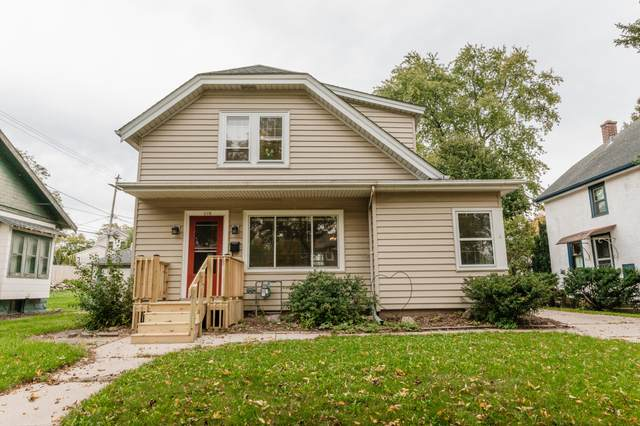 618 N 62nd St, Wauwatosa, WI 53213 (#1768499) :: EXIT Realty XL