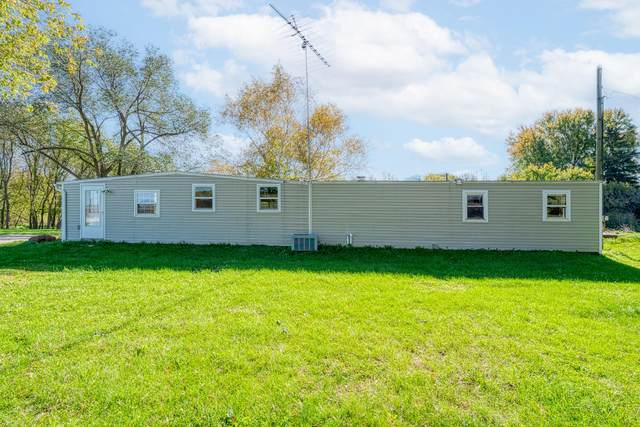 W5549 Indian Mound Rd, Sherman, WI 53001 (#1768522) :: RE/MAX Service First