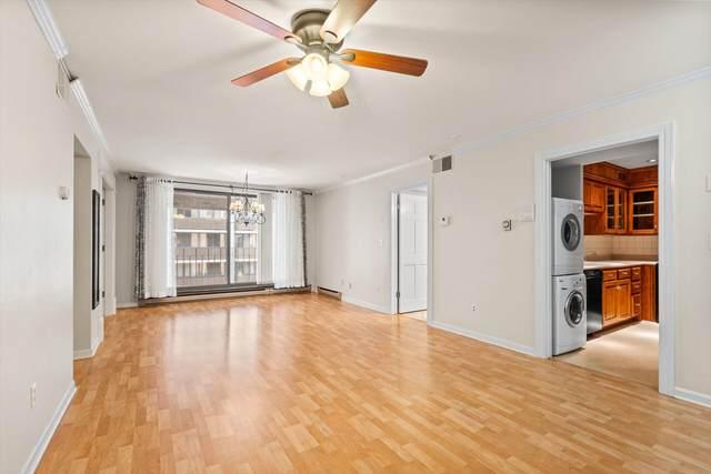 1906 E Shorewood Blvd #352, Shorewood, WI 53211 (#1768527) :: Tom Didier Real Estate Team