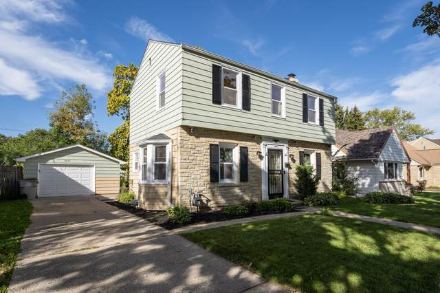 5841 N 39th St, Milwaukee, WI 53209 (#1768609) :: Ben Bartolazzi Real Estate Inc