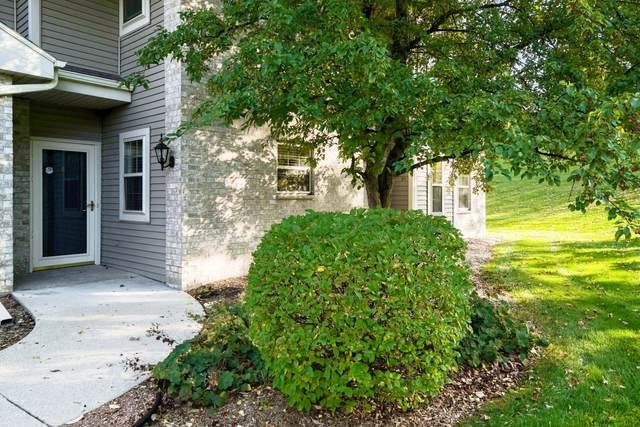 18665 Emerald Cir B, Brookfield, WI 53045 (#1768610) :: Keller Williams Realty - Milwaukee Southwest