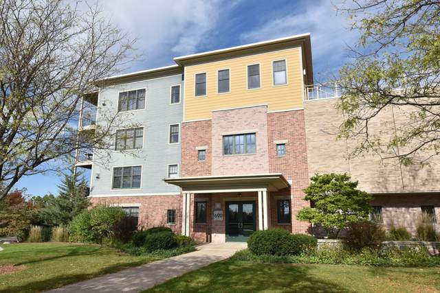 690 Rivershores Dr #508, West Bend, WI 53090 (#1768628) :: RE/MAX Service First