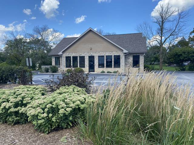 720 Madison Ave, Howards Grove, WI 53073 (#1768648) :: RE/MAX Service First