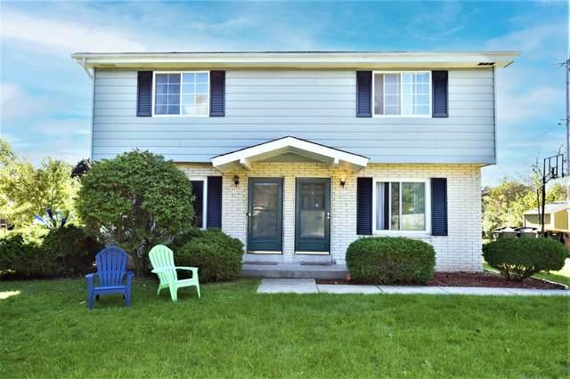 11909 Watertown Plank Rd #11911, Wauwatosa, WI 53226 (#1768657) :: Ben Bartolazzi Real Estate Inc