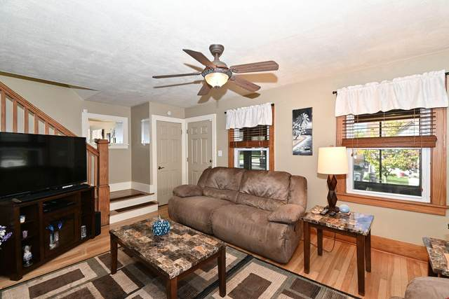 139 4th St, Waukesha, WI 53188 (#1768659) :: RE/MAX Service First