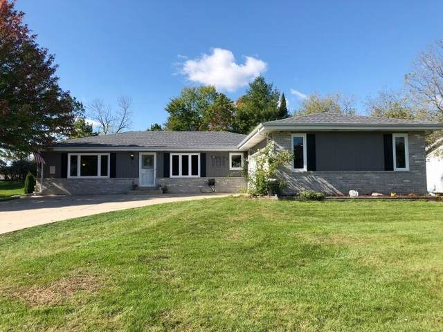 414 Whippletree Ln, Waterford, WI 53185 (#1768681) :: RE/MAX Service First