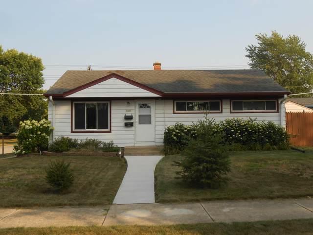 5303 W Van Beck Ave, Milwaukee, WI 53220 (#1768682) :: Keller Williams Realty - Milwaukee Southwest