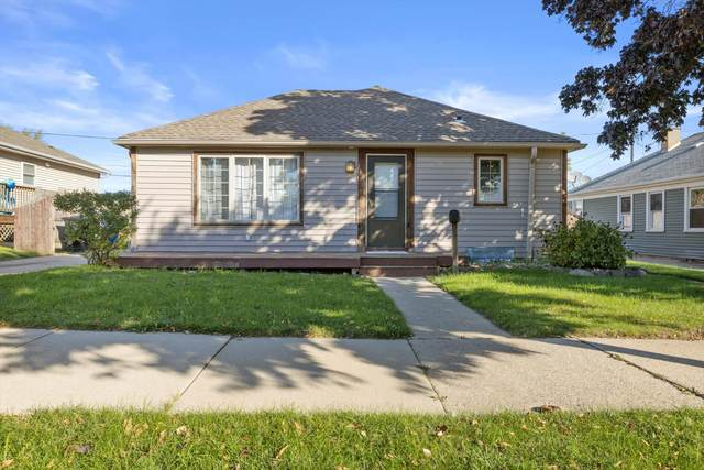 1436 Melvin Ave, Racine, WI 53402 (#1768693) :: RE/MAX Service First