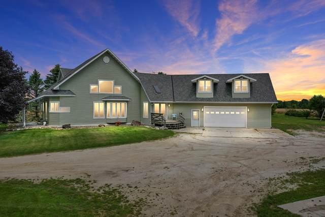 1601 Logwood Ln, Manitowoc Rapids, WI 54220 (#1768698) :: Keller Williams Realty - Milwaukee Southwest