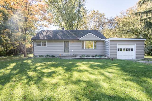 W125 Madison Ave, Ixonia, WI 53066 (#1768711) :: Keller Williams Realty - Milwaukee Southwest